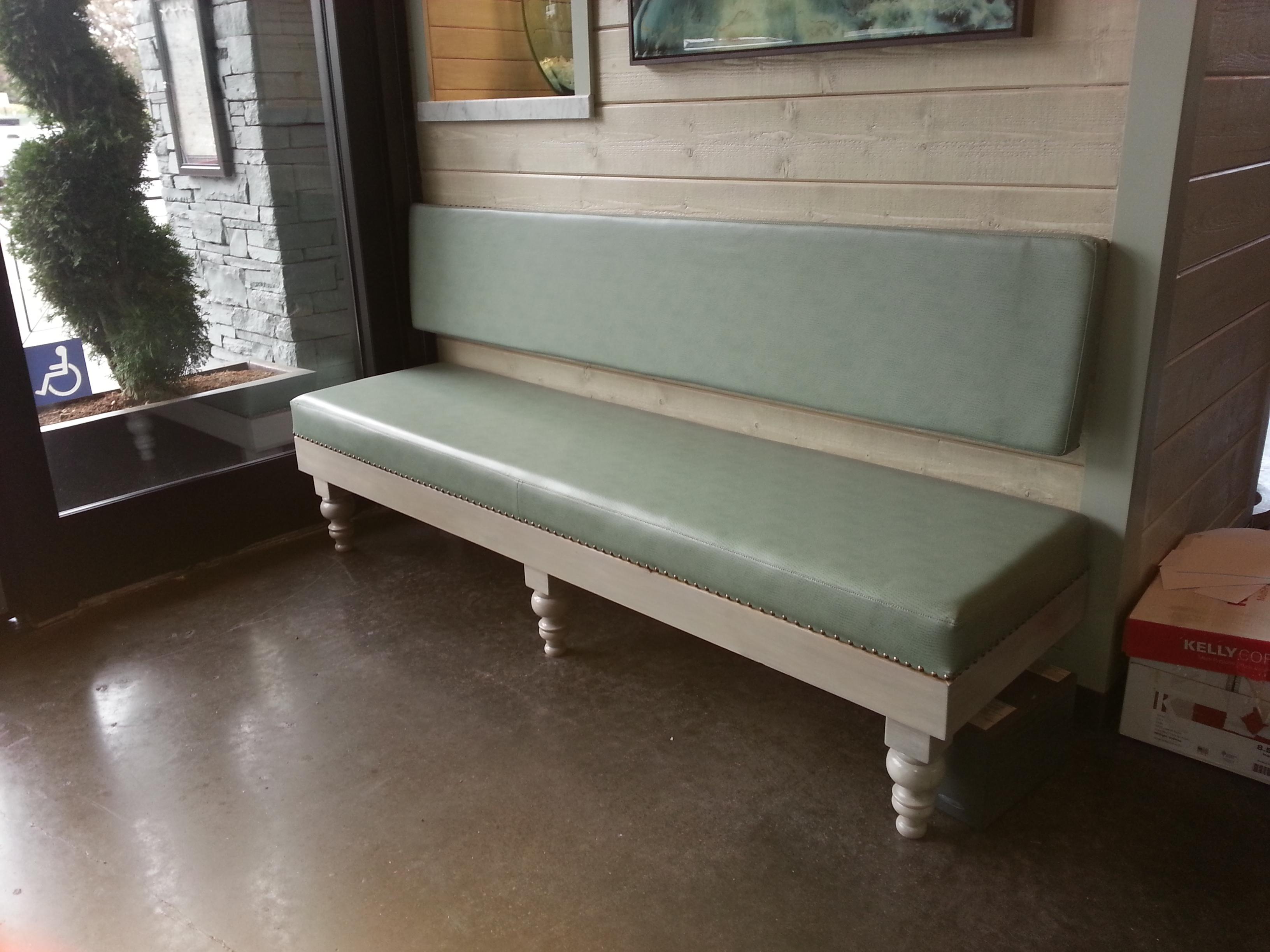 bench photo 3